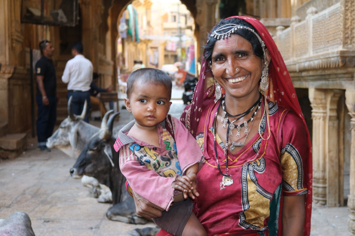 Woman and child in Jaisalmer, India