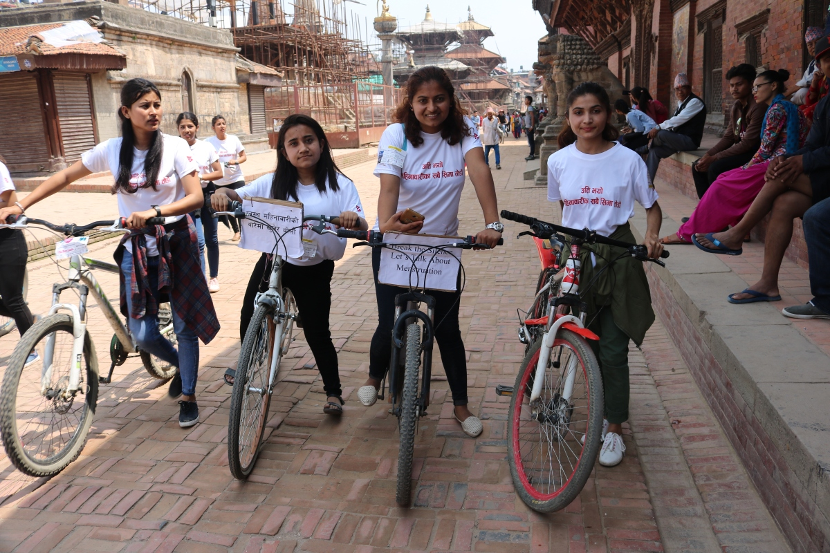 Girls at Patan Durbar Square