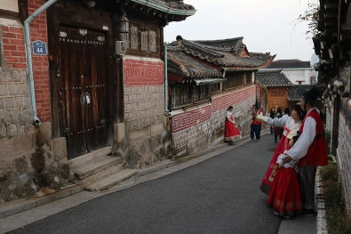 Bukchon Hanok Village (2)