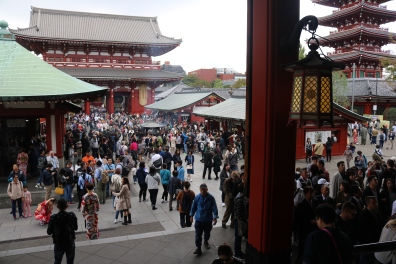 Crowd at Sensoji Temple